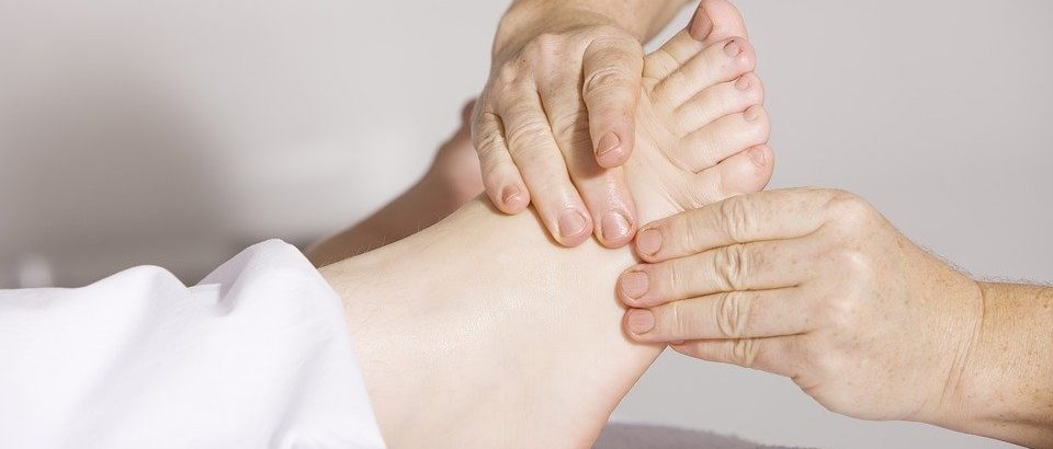 physiotherapy 2133286 960 720 960x410 - Know the Benefits of Physiotherapy Treatment at Home