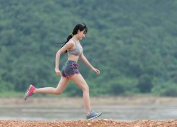 woman 1822459  340 350x250 - Running Can Withstand Several Diseases